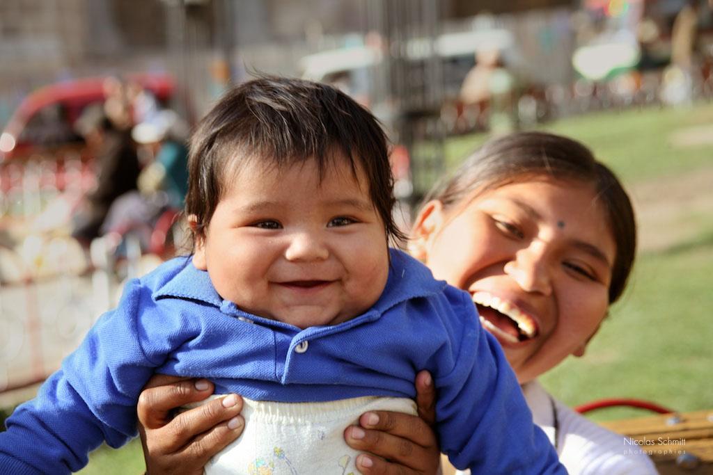 JOIE44 CEST MON FILS (LA PAZ, BOLIVIE, 2006)