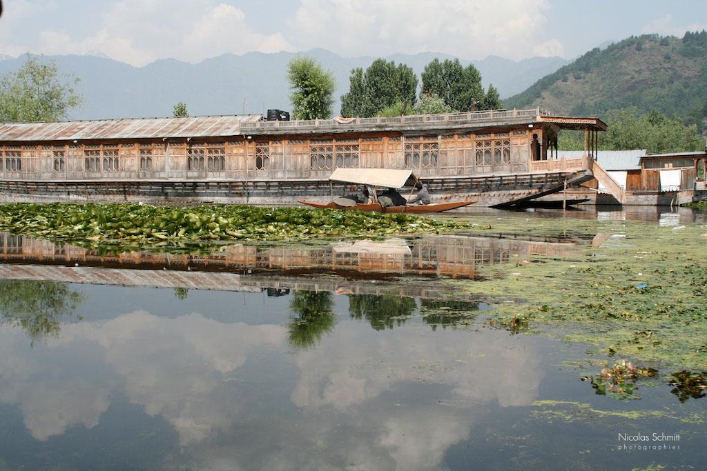 PLANETE1716 houseboatasrinaar